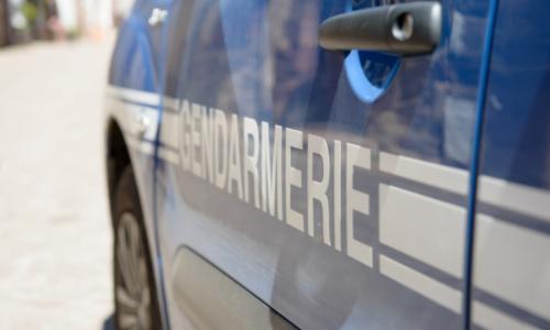 🇫🇷 Saint-Maixant: il percute 5 fois le véhicule des gendarmes pour tenter de s'enfuir