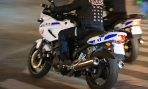 #Perpignan 🇫🇷 Trahi par son portable pendant qu'il se cache dans une poubelle pour échapper à la police